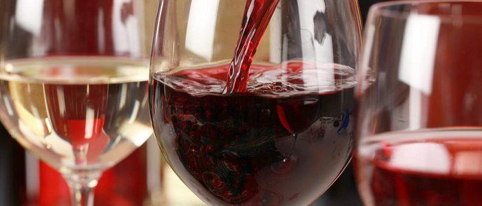 Вино повышает или понижает давление: красное, сухое, белое