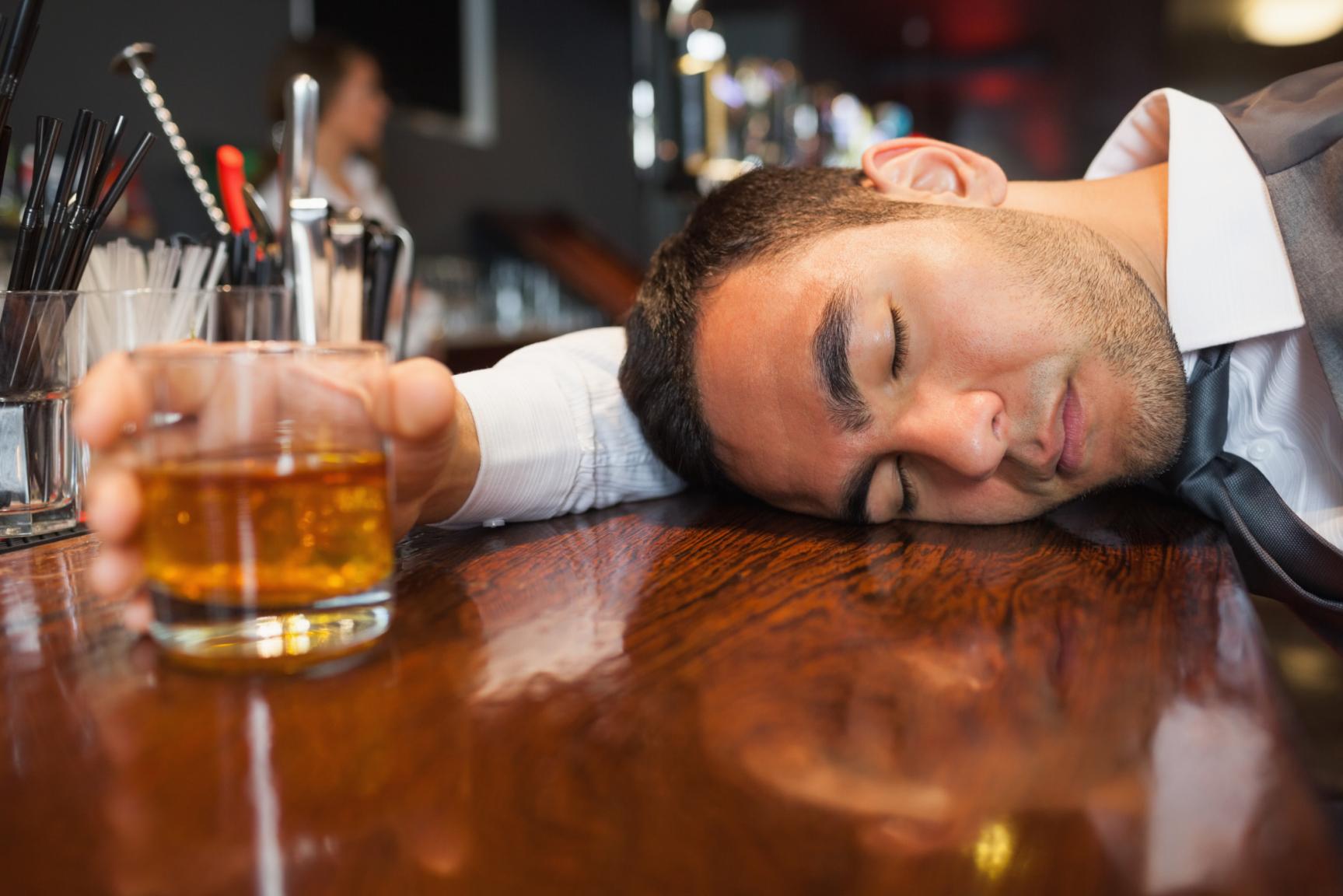 Можно ли употреблять спиртное при повышенном глазном давлении